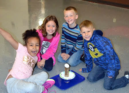 Students in Mad Science after-school club